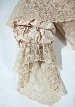 Queen Victoria Wedding Dress Kensington Palace Royal Wedding Dr...